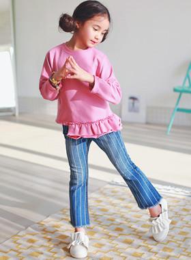 """<font color=#4bb999>* 2017年JKIDS S / S *</font> <br>条纹牛仔短裤<br> <font color=""""#9f9f9f"""">*趋势是靴型裤!* <br> *时尚*</font>"""