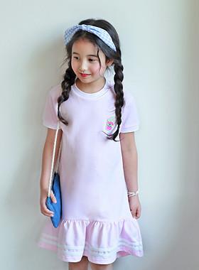 """冰沙连衣裙<br> <font color=""""#9f9f9f"""">*女孩女孩* <br> *可爱的外观*</font>"""