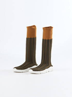 <font color=#edb200>* 2017年JKIDS *</font> <br>港针织靴