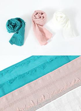 激进的条纹围巾
