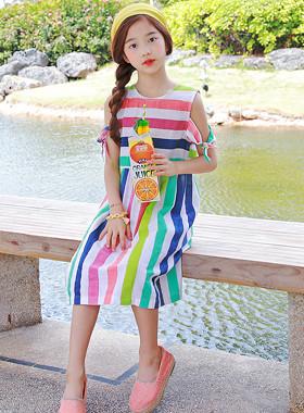 "Slushie连衣裙<br> <font color=""#9f9f9f"">* *♡* <br> *你看起来越多,它就越有吸引力!</font>"