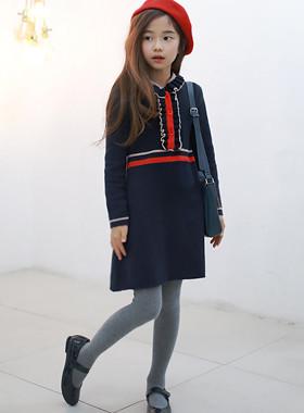 "Gemma针织连衣裙<br> <font color=""#9f9f9f"">*一个漂亮的孩子* <br>舒适的针织材料:D</font>"