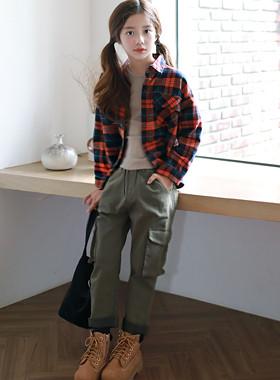 "Yuno侧口袋排气裤<br> <font color=""#9f9f9f"">*♡可爱的大口袋结合实用性♡* <br> *所有男女造型的休闲货运风格!*</font>"