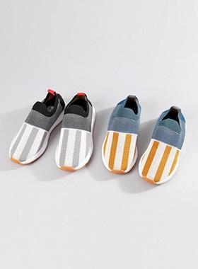 单声道运动鞋