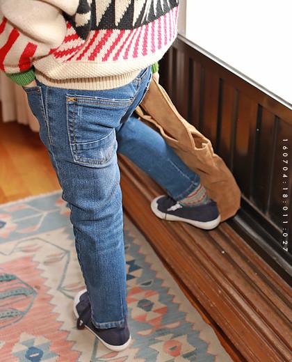 """Getz牛仔布皮裤<br> <font color=""""#9f9f9f"""">˙双排扣裤子!˙ <br>舒适的冬日每日妆容</font>"""