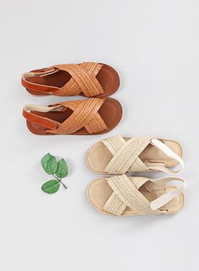 Alia凉鞋