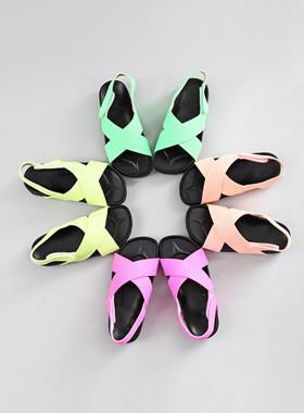 Terra荧光凉鞋