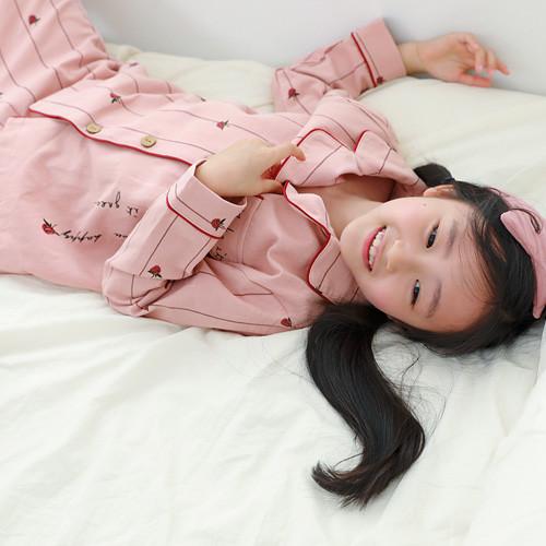 化妆睡衣套装